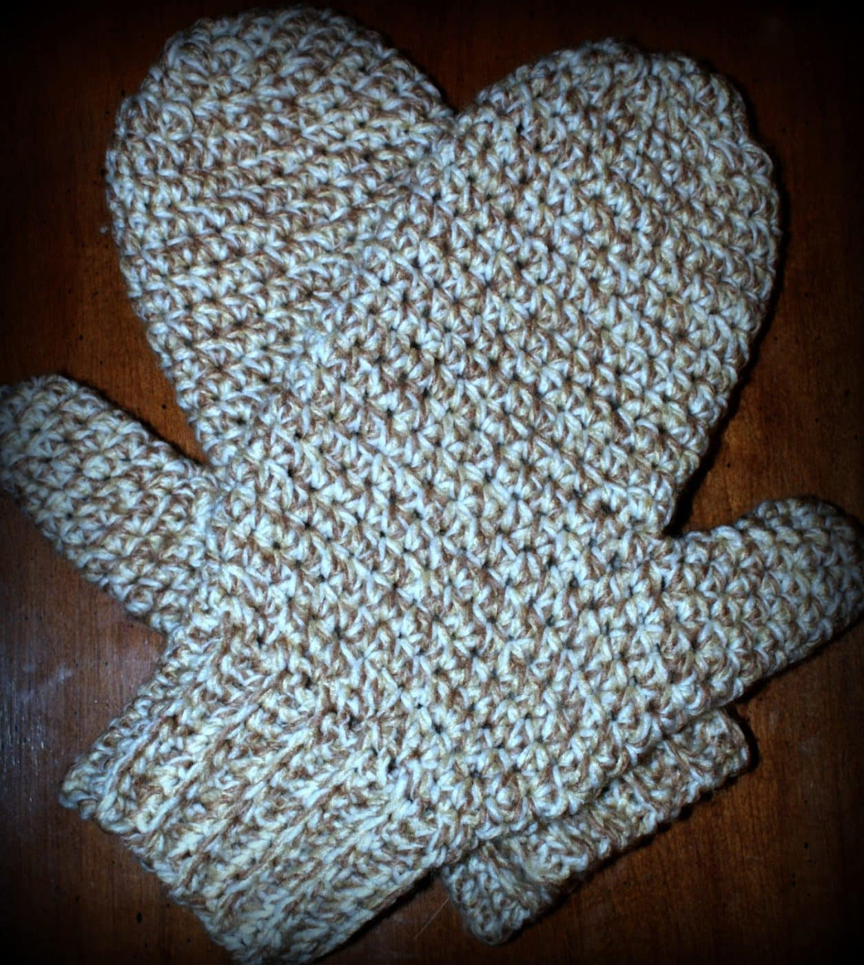 Crocheting Mittens : Daddy?s Simply Easy Mittens - Free Crochet Pattern, Copyright 2013 ...