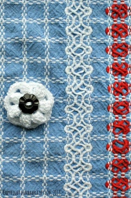 Little Flower Brooch - Crochet Bucket List Project