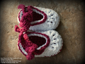 Baby Booties. Oombawka Design.