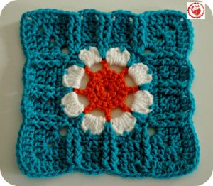 Bloomin '76 - 8 inch afghan square
