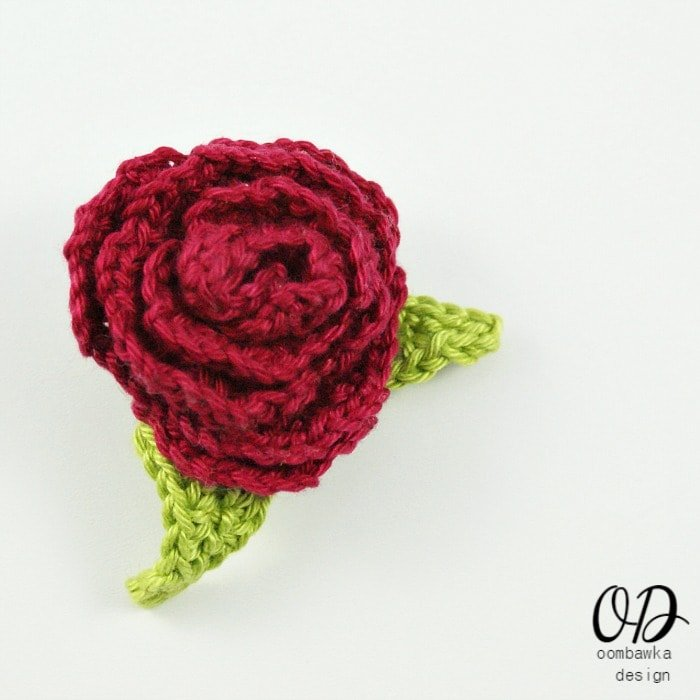 Free Crochet Pattern Rose Brooch With Leaves Oombawka Design Crochet