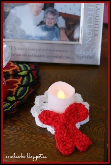 This fun and easy Crochet Christmas Decoration can be used in 3 Ways - which makes it one of my favorite embellishments during the Holiday Season!