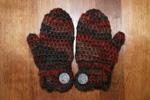 Toddler Crochet Mitten Pattern with Easy-On Wrist Closure. Oombawka Design.