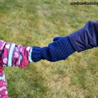 Mommy Hold My Hand Mitten Pattern. Oombawka Design Crochet.