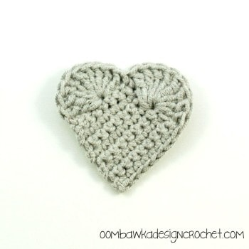 GraySquareHeart @OombawkaDesign