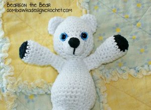 Bearison the Snow Bear @OombawkaDesign