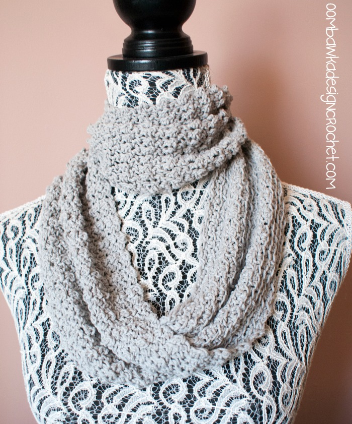 Soft as a Cloud One Skein Cowl • Oombawka Design Crochet