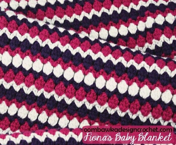 Free Pattern Fiona's Baby Blanket @OombawkaDesign
