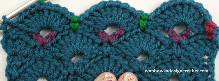 Row 5 - Fan and V Stitch - LLANCS @OombawkaDesign