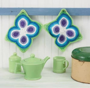 Butterfly Pot Holders | Boho Crochet Review @OombawkaDesign
