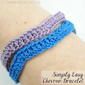 Free Pattern Simply Easy Chevron Bracelet @OombawkaDesign