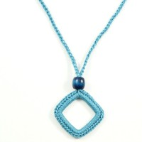 Simply Easy Crochet Necklace Free Pattern @OombawkaDesign