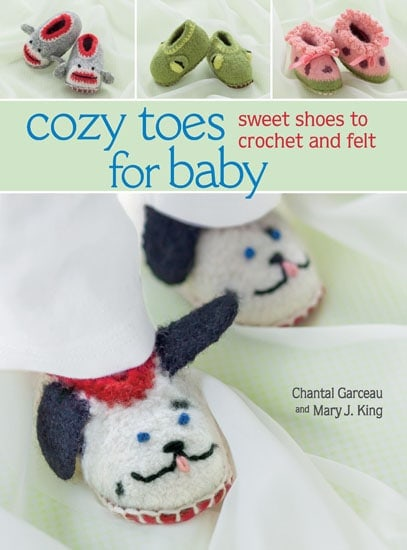 Cozy Toes for Baby Review | @OombawkaDesign