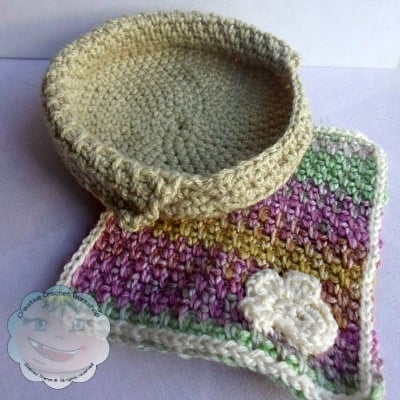 Set | Little Doggie Basket and Blankie | Guest Post Joanita Theron | Creative Crochet Workshop @OombawkaDesign