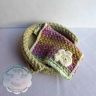 Dog Set | Little Doggie Basket and Blankie | Guest Post Joanita Theron | Creative Crochet Workshop @OombawkaDesign