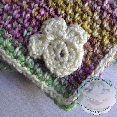 Paw Print - Little Doggie Basket and Blankie | Guest Post Joanita Theron | Creative Crochet Workshop @OombawkaDesign