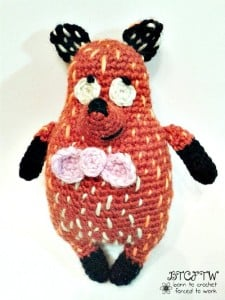 Foxy | Guest Post | Born to Crochet Forced to Work | @OombawkaDesign