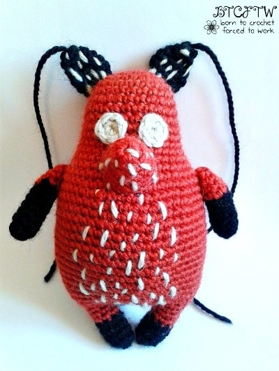 Stitches | Foxy | Guest Post | Born to Crochet Forced to Work | @OombawkaDesign
