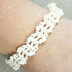 Ivory Lacy Bracelet 2 | Lacy Bracelet Free Pattern | @OombawkaDesign