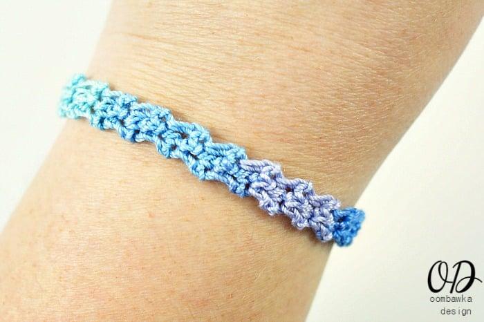 Oceania Rainbow Bracelet | Rainbow Friendship Bracelet | Free Pattern @OombawkaDesign