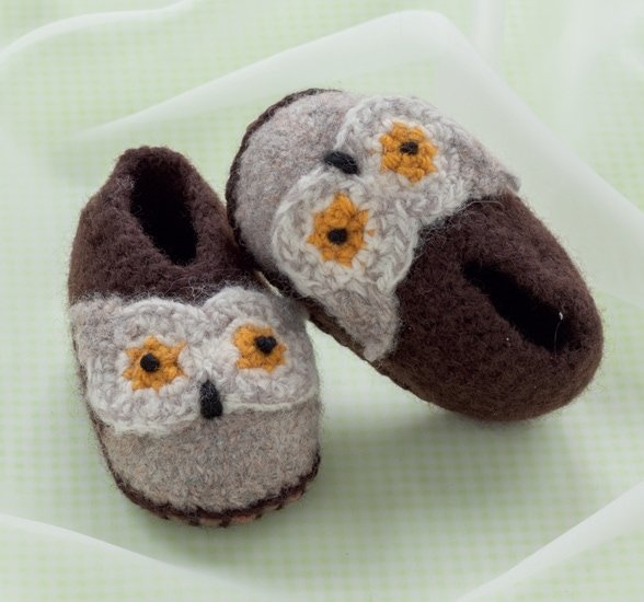 Ollie Owl | Cozy Toes for Baby Review @OombawkaDesign