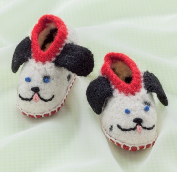 Sparky Dog | Cozy Toes for Baby Review @OombawkaDesign