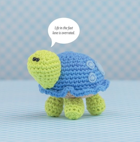 Turtle | Happy-Gurumi | Book Review @OombawkaDesign
