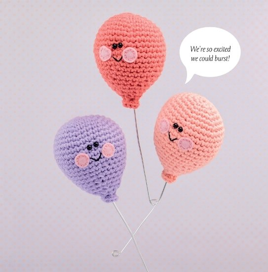 Party Balloon | Happy-Gurumi | Book Review @OombawkaDesign