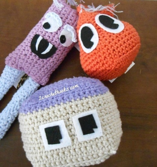 1 Happy Amigurumi Monsters | Guest Contributor Post | 2CrochetHooks @OombawkaDesign