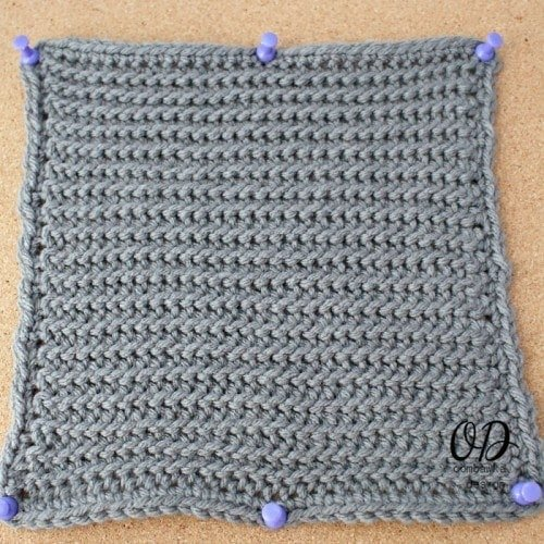 Slip Stitch Square | LLANCS @OombawkaDesign