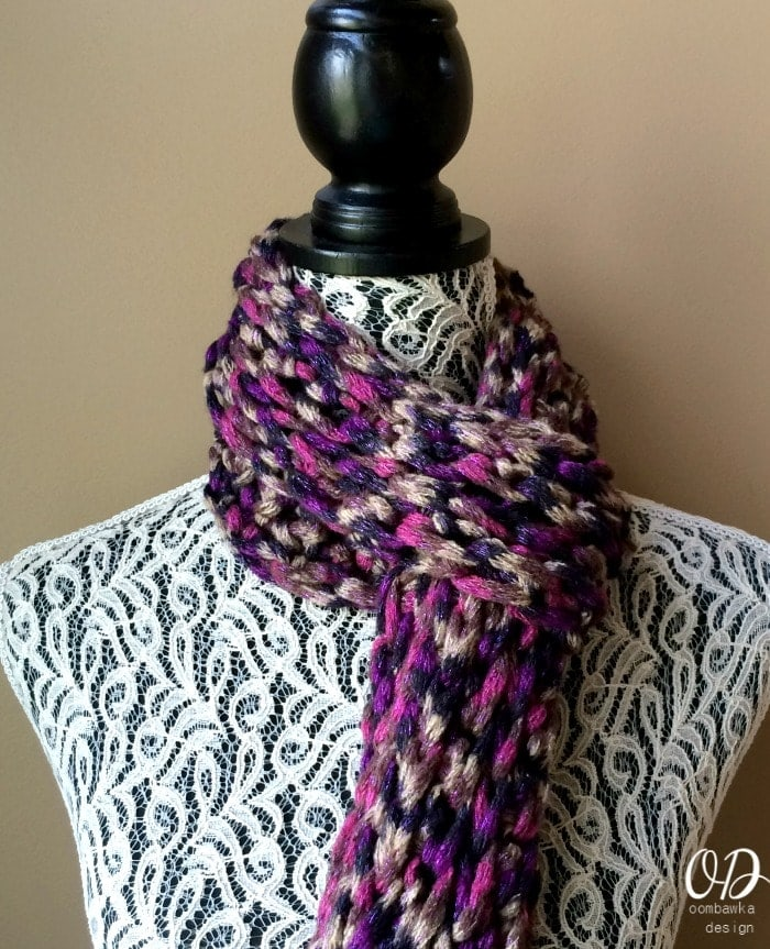 Crocheting Ends Of Infinity Scarf Together : ... ends together to form an infinity scarf. You can leave the ends