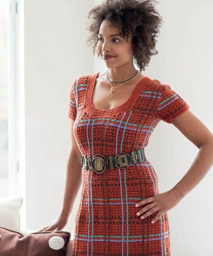 Burnt Plaid Dress | Blueprint Crochet Sweaters | Book Review | Oombawka Design