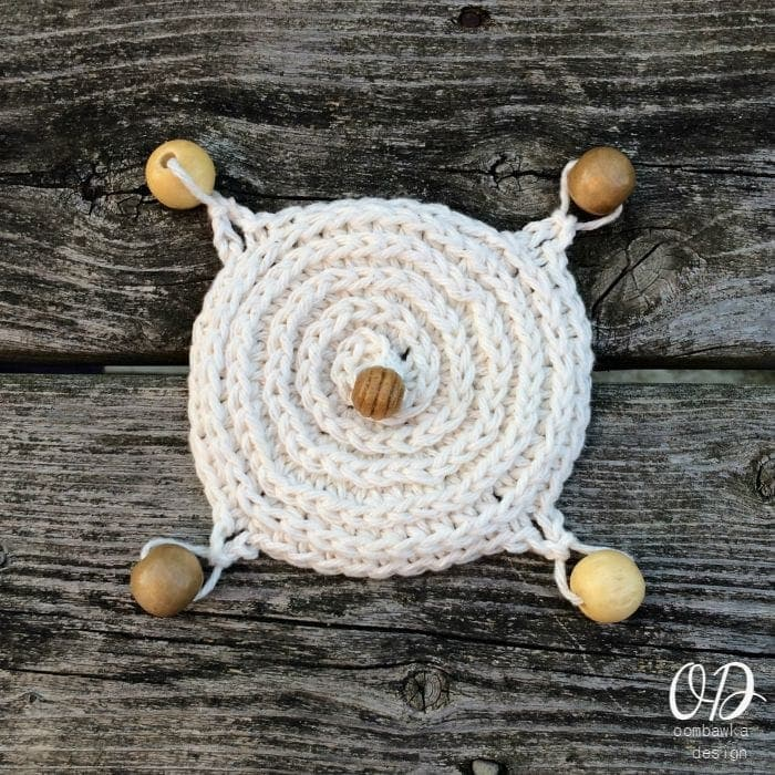 Top View | Crochet Cup Cover | Free Pattern @OombawkaDesign
