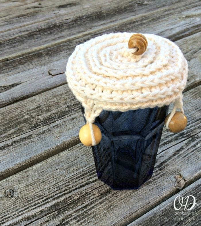 Water Glass | Crochet Cup Cover | Free Pattern @OombawkaDesign