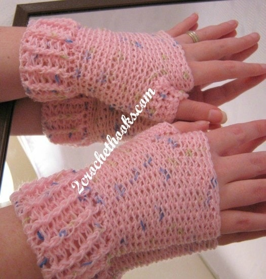 Fingerless gloves with ridged cuff by 2crochethooks