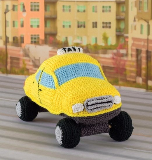 Taxi Cab | Honk! Beep! Vroom! - Crochet Toys That Move | Review | @OombawkaDesign