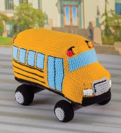 School bus | Honk! Beep! Vroom! - Crochet Toys That Move | Review | @OombawkaDesign