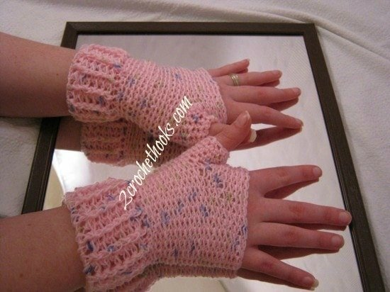Ridged Cuff Fingerless Gloves crochet pattern by 2CrochetHooks