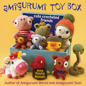 Cover Amigurumi Toy Box | Book Review | Oombawka Design
