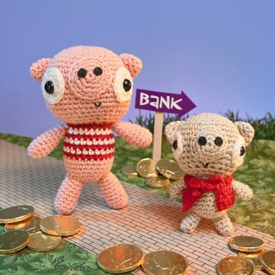 Little Pig | Amigurumi Toy Box | Book Review | Oombawka Design