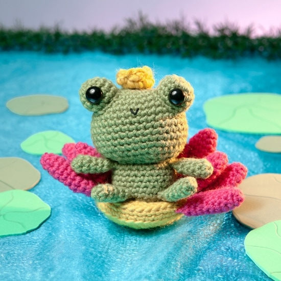 Princess Frog Amigurumi Toy Box | Book Review | Oombawka Design