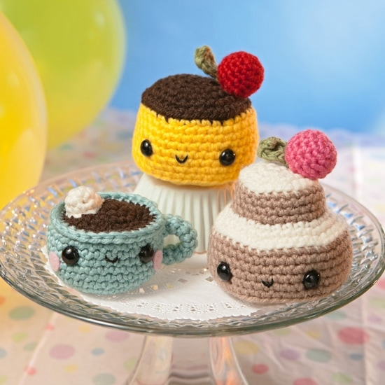Sweet Snacks | Amigurumi Toy Box | Book Review | Oombawka Design