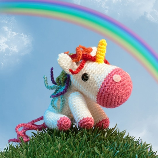 Little Unicorn | Amigurumi Toy Box | Book Review | Oombawka Design
