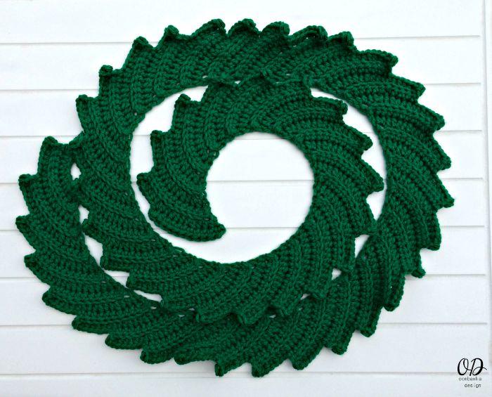 TREE Star | Christmas Tree | Free Pattern | Oombawka Design