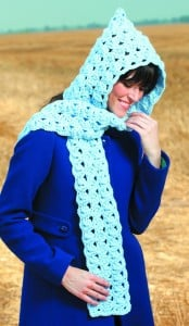 Blue Shells | Hooded Scarves to Crochet | Book Review @OombawkaDesign