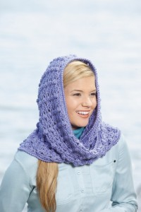 Lisa | Hooded Scarves, Book 2 | Review @OombawkaDesign