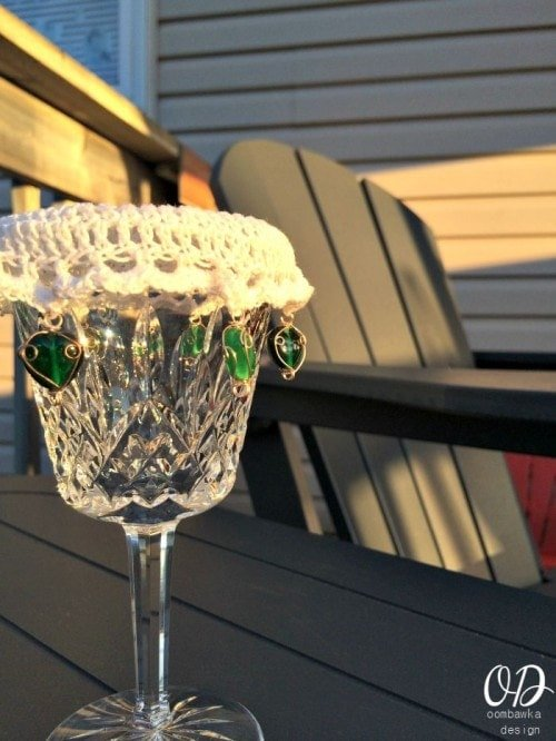 Close up | Wine Glass Cup Cover | Free Pattern
