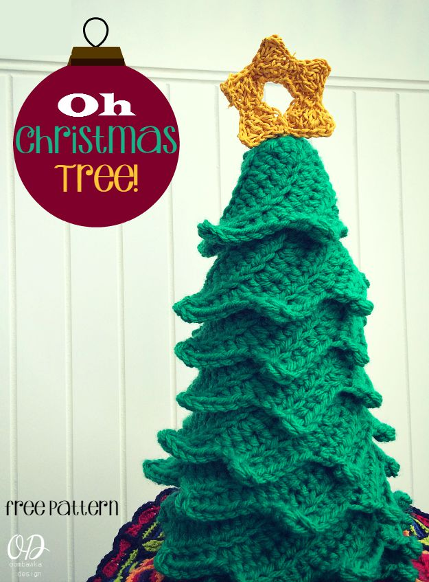 cover Star | Christmas Tree | Free Pattern | Oombawka Design