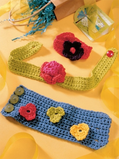 Floral Wristbands and Choker | Crochet from the Heart | Book Review | Oombawka Design