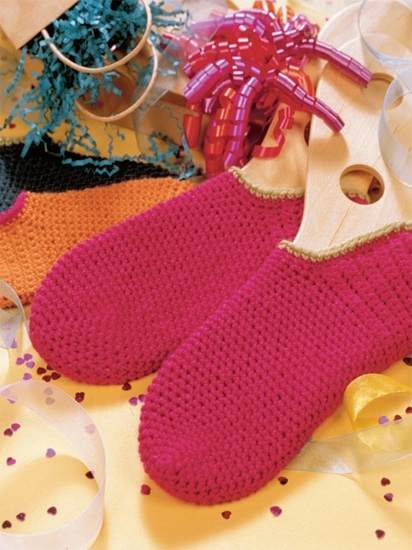 Footies | Crochet from the Heart | Book Review | Oombawka Design